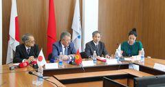 Япония выделила грант в $2.1 млн на обучение молодых госслужащих КР