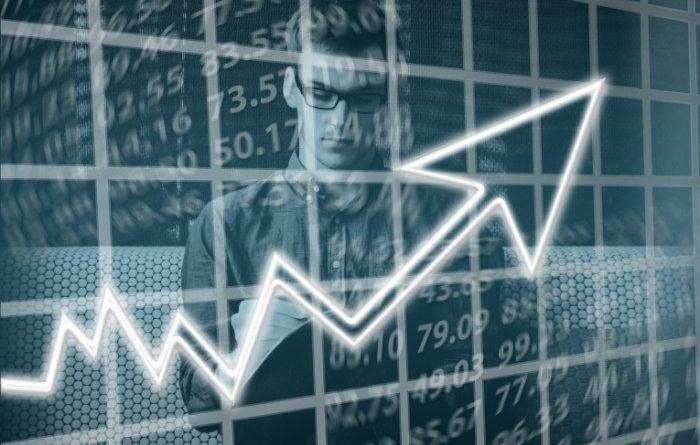 ФРС отметила устойчивые темпы роста американской экономики
