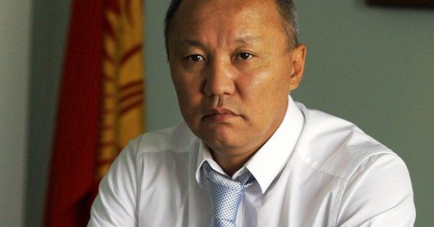 Осужденный за коррупцию экс-глава Бишкека вернулся в мэрию