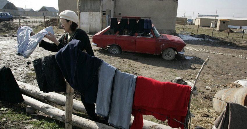 Свыше четверти населения Кыргызстана в 2016 году проживало за чертой бедности