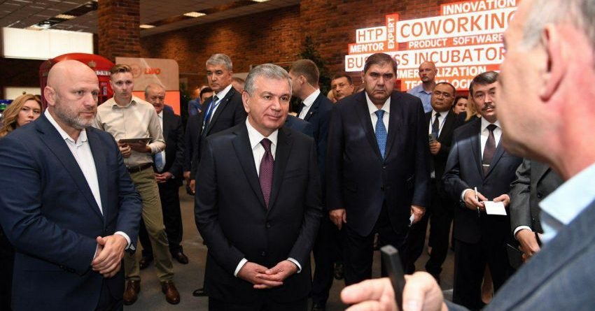 Шавкат Мирзиеев пригласил ведущие IT-компании Беларуси в Узбекистан