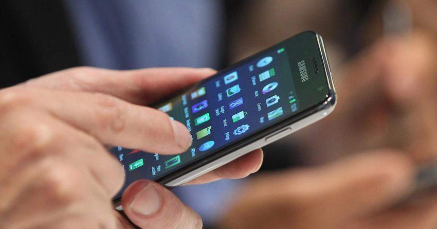 Мобильные операторы Казахстана продолжают терять доходы