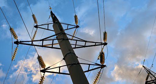 Падение курса сома увеличило долг энергокомпании на 12 млрд сомов – НЭСК