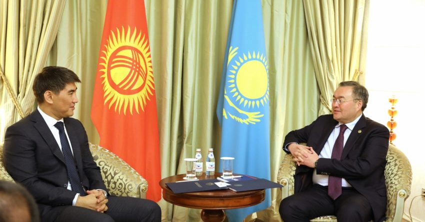 Кыргызстан возобновил авиасообщение с Казахстаном
