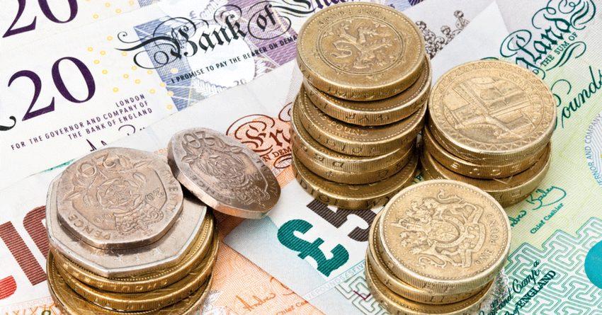 После Brexit фунт стерлингов значительнее всего подешевел по отношению к сому, серебру и замбийской кваче