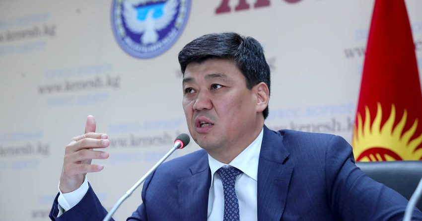 Бакыт Торобаев: Уровень образования — главный критерий социального благополучия населения