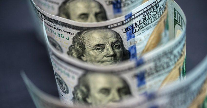 Доллар в КР почти достиг 85 сомов