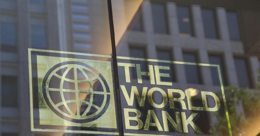 Сооронбай Жээнбеков встретился с постоянным представителем Всемирного банка