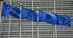 Евросоюз снова закрывает внутренние границы