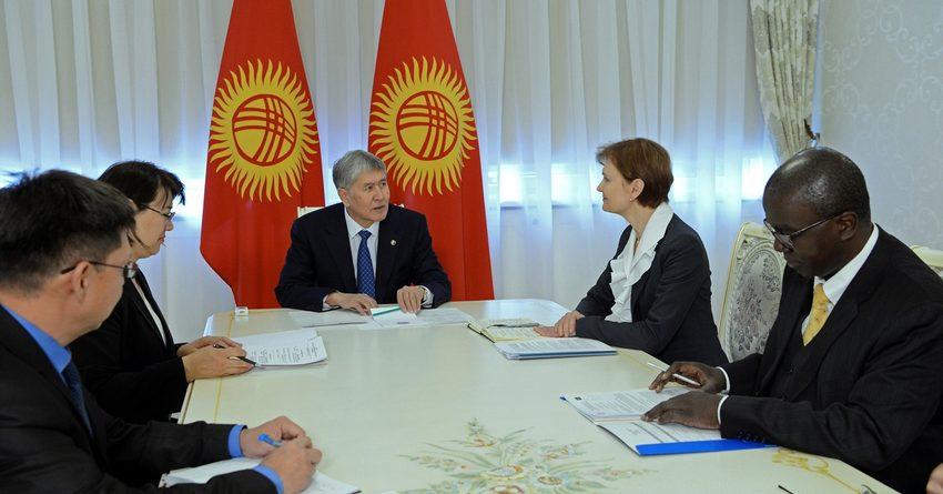 Атамбаев встретился с региональным директором Всемирного банка