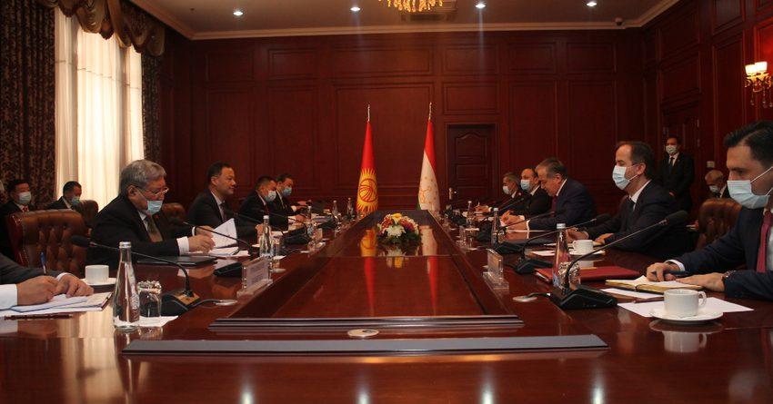 Таджикистан намерен создавать совместные предприятия с КР