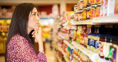 Более половины всех трат казахстанцев в период самоизоляции пришлось на еду