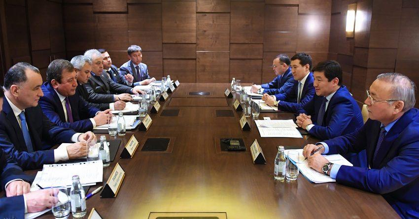 Алматы иТашкент обсудили вопросы укрепления связей