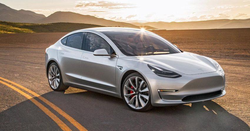 Убыток Tesla за прошлый год составил $2.2 млрд