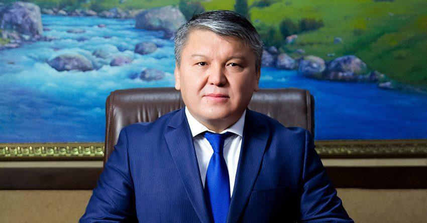 Арзыбек Кожошев остается председателем Госфиннадзора