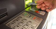 Почти на 30% увеличилось количество банкоматов в КР за год