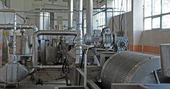 В Узбекистане построят три новых завода