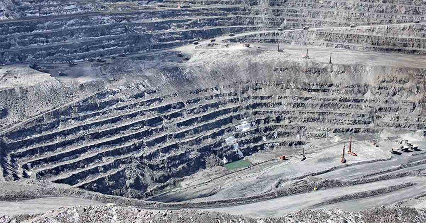 «Кумтор» предупредил о возможном закрытии рудника навсегда