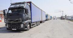 Казахстан начал пропуск второй колонны кыргызских фур, возвращающихся из Ирана