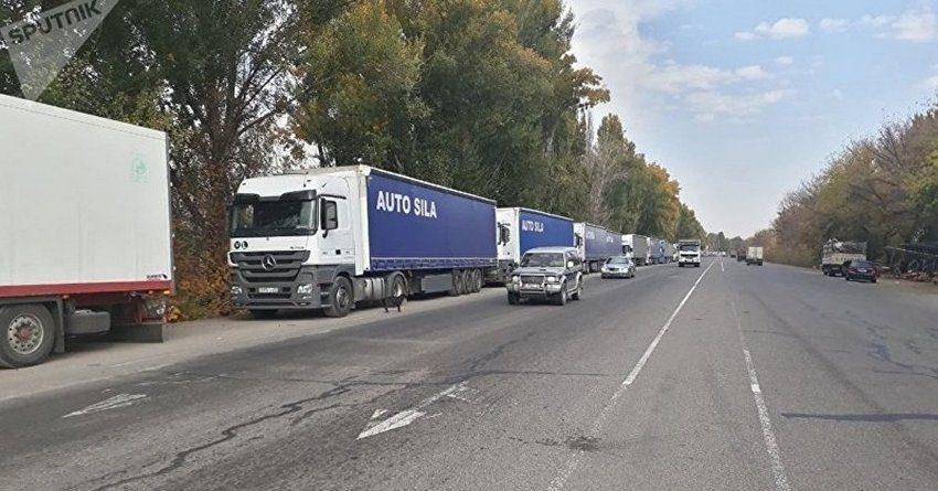 Из 500 машин на границе с РК свыше 20% груза – скоропортящаяся сельхозпродукция
