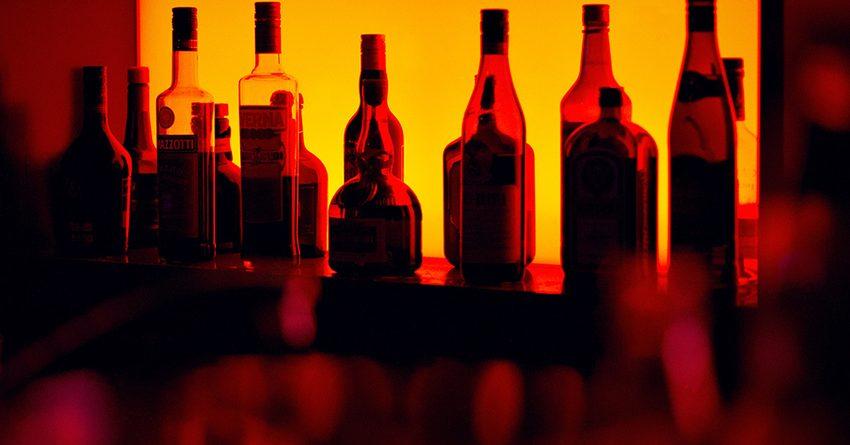 Комендант Оша отменил запрет на продажу алкоголя