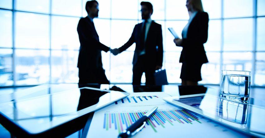 Предприниматели под гарантии фонда получили кредиты на 2.7 млрд сомов