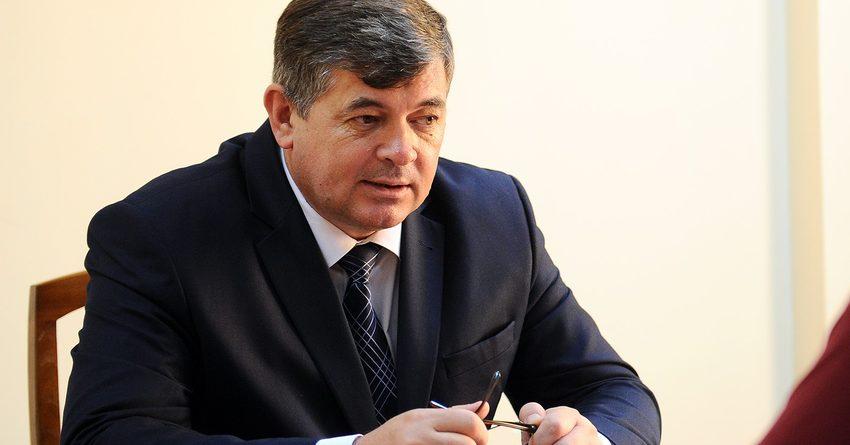 Панкратов пообещал, что осенью экономика КР начнет расти