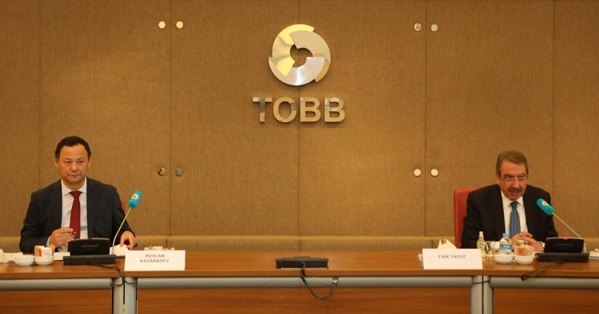 Кыргызстан попросил Турцию помочь переучить бывших чиновников в бизнесменов