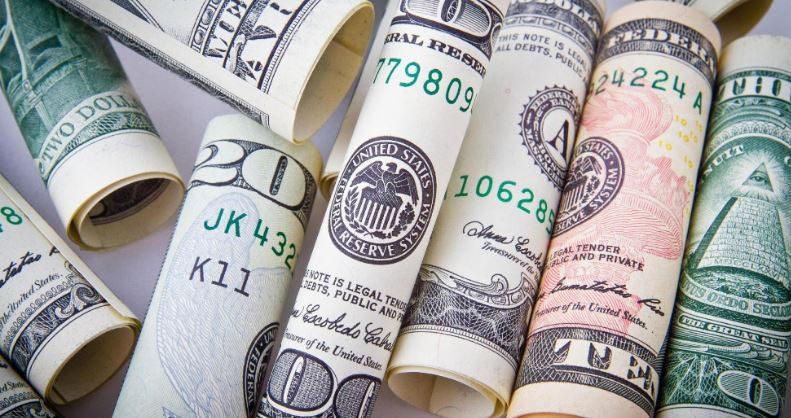 Нацбанк провел третью интервенцию в 2020 году — продал $28.4 млн