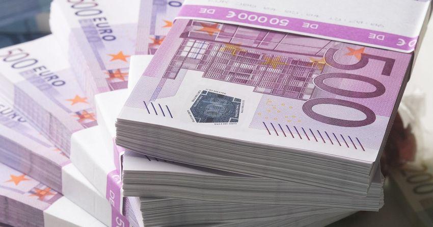 Испания начнет раздавать деньги населению