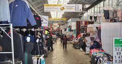 В Бишкеке установили требования для работы торговых центров и рынков
