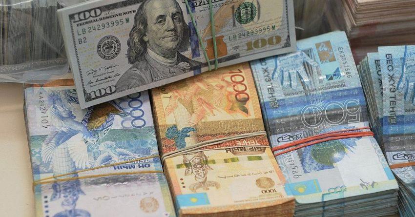 В июне казахстанцы купили более $360 млн