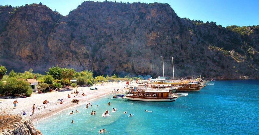 Власти Турции порекомендовали перенести туристический сезон