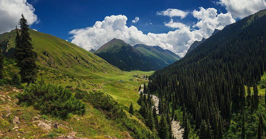 Туристы из ЕАЭС потратили в Кыргызстане более $210 млн