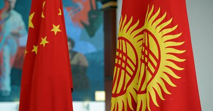 Долг Кыргызстана перед Китаем вырос на 4 млрд сомов за месяц