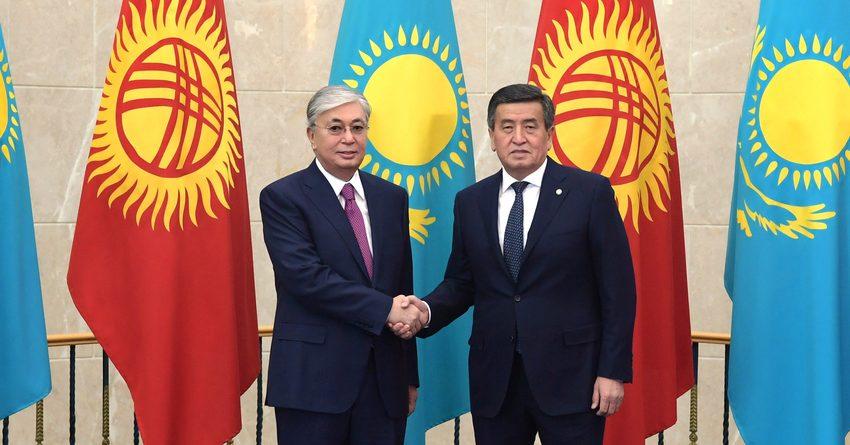 Президенты РК и КР договорились о реализации мер по пресечению контрабанды