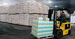 Отмена НДС на импорт зерна уронила цены на муку на 30%
