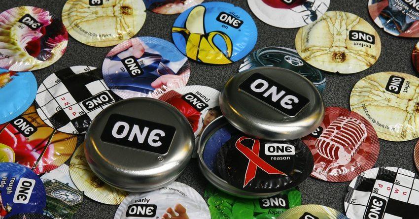 Аффилированный с аптеками Неман депутат просит заложить в бюджет расходы на бесплатные контрацептивы
