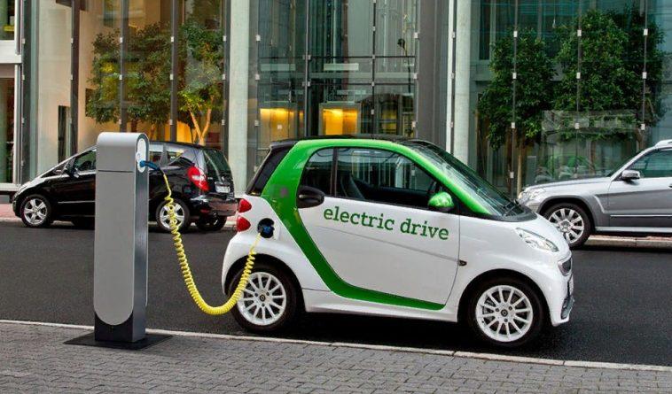 В КР создадут зарядную инфраструктуру для электромобилей