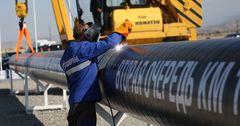 Чистая прибыль Газпрома упала в 2.2 раза